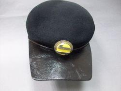 Pieza destacada: gorra de azafata de Renfe