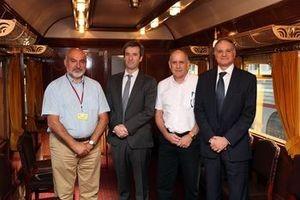 El director de Recursos Humanos de los Ferrocarriles de Israel visita el Museo